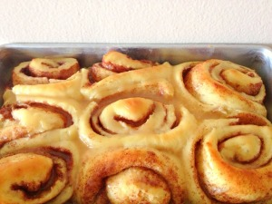 Overnight Gooey Cinnamon Rolls